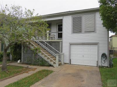 Galveston TX Single Family Home For Sale: $205,000