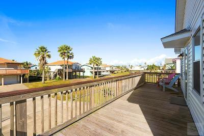 Jamaica Beach Single Family Home For Sale: 16713 Captain Hook
