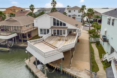 Tiki Island Single Family Home For Sale: 1830 Port O Call