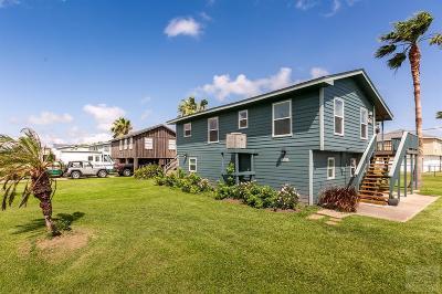 Jamaica Beach Single Family Home For Sale: 16547 Jamaica Inn Road