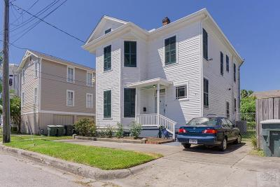 Galveston TX Single Family Home For Sale: $285,000
