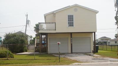 Galveston TX Single Family Home For Sale: $220,000