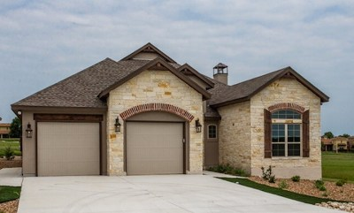 Kerrville Single Family Home Under Contract: 3148 Pinnacle Club Dr E