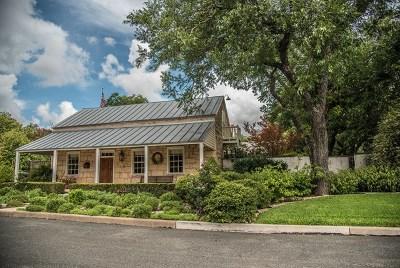 Fredericksburg Single Family Home For Sale: 108 N Acorn St