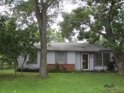 Mason County Single Family Home Under Contract: 317 Bryan Avenue