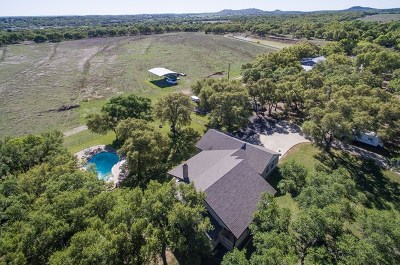 Blanco County Single Family Home For Sale: 721 Ranchview