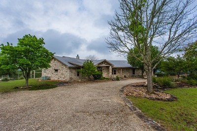 Kerrville Single Family Home For Sale: 182 S Spanish Oak Trail