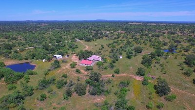Llano County Single Family Home For Sale: 540 County Rd 403
