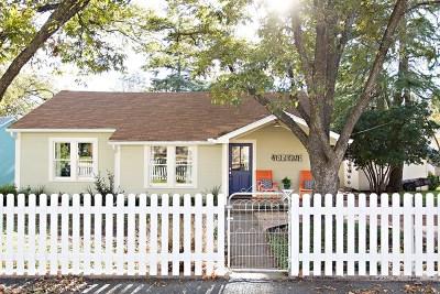 Fredericksburg Single Family Home For Sale: 507 E San Antonio St