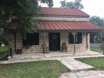 Fredericksburg Single Family Home For Sale: 419 W San Antonio St
