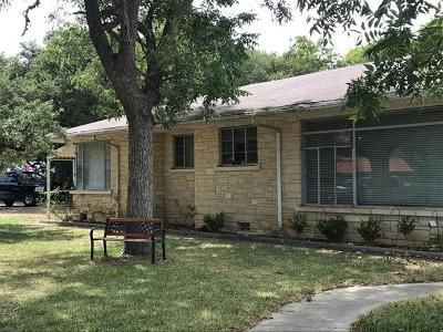 Blanco County Single Family Home For Sale: 803 Pecan St