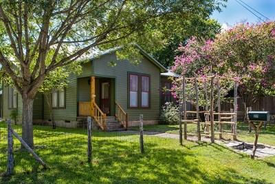 Fredericksburg Single Family Home For Sale: 211 E Orchard St