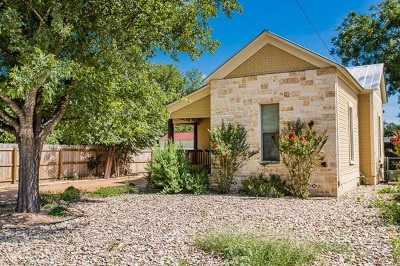 Kerrville Single Family Home Under Contract W/Contingencies: 216 N Starkey St