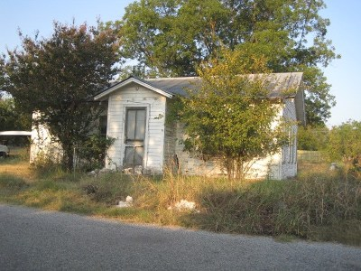 Mason County Single Family Home Under Contract: 404 Post Oak Street