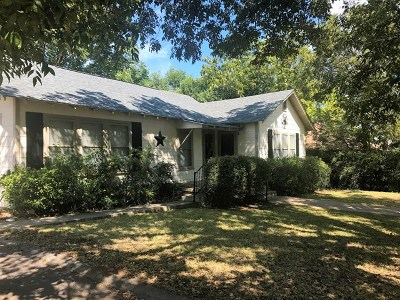 Mason County Single Family Home Under Contract: 430 S Live Oak St