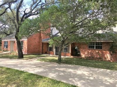 Fredericksburg Single Family Home For Sale: 164 Quail Run Dr