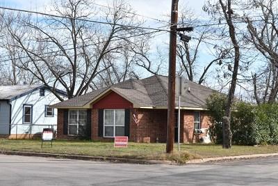 Fredericksburg Single Family Home For Sale: 913 Bell