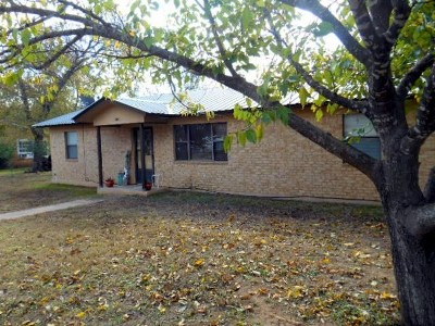 Mason County Single Family Home Under Contract W/Contingencies: 1005 Ischar St