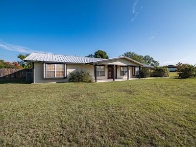 Fredericksburg Single Family Home For Sale: 228 Windsong Lane