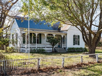 Kendall County Single Family Home For Sale: 237 Broadway St
