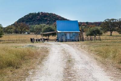 Fredericksburg Single Family Home For Sale: 861 Kneese Rd