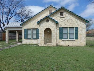 Gillespie County Single Family Home For Sale: 502 N Edison St