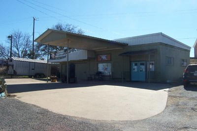 Mason County Commercial For Sale: 811 Ft McKavett