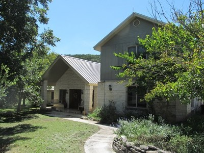 Kerr County Single Family Home For Sale: 242 Cardinal Hill
