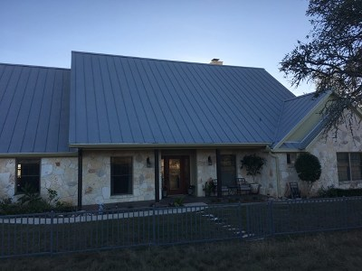 Gillespie County Single Family Home For Sale: 647 SW Funf Kinder Rd