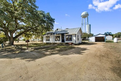 Blanco County Single Family Home Under Contract: 1505 E Mesquite St