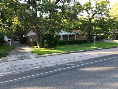 Fredericksburg Single Family Home For Sale: 705 N Milam St