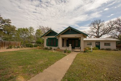 Mason County Single Family Home For Sale: 717 S Live Oak Rd