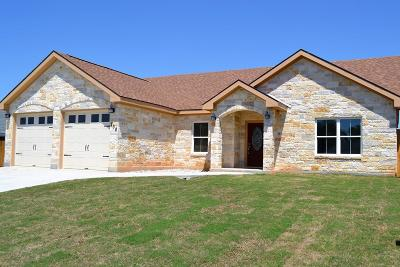 Gillespie County Single Family Home For Sale: 708 Northern Red Oak