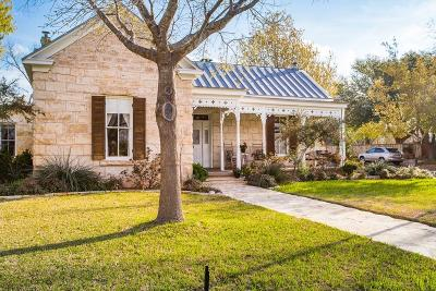 Fredericksburg TX Single Family Home For Sale: $939,000