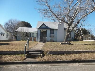 Kerrville Single Family Home Under Contract: 901 Wheless Ave