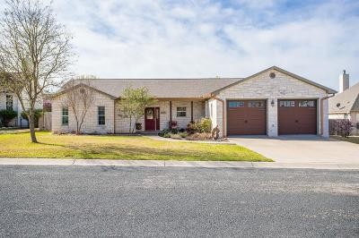 Fredericksburg Single Family Home For Sale: 605 Persimmon Court