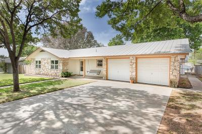 Gillespie County Single Family Home For Sale: 405 W Nimitz St