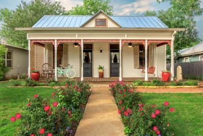 Gillespie County Single Family Home For Sale: 514 W Austin St