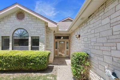 Gillespie County Single Family Home For Sale: 530 Winding Way Court