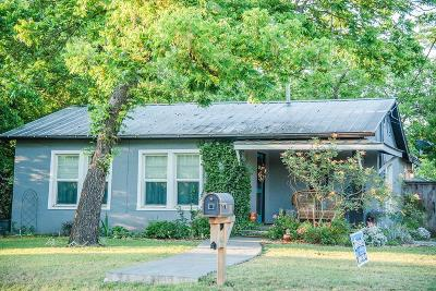 Fredericksburg Single Family Home For Sale: 701 Franklin