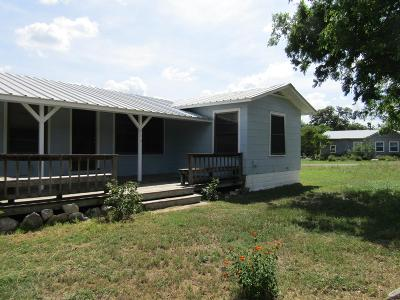 Blanco County Single Family Home For Sale: 713 9th Street