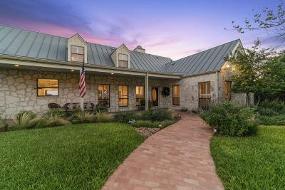 Kerr County Single Family Home For Sale: 145 Holly Hill