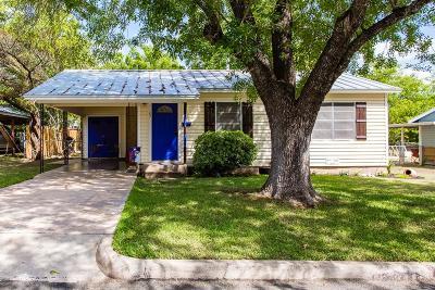 Fredericksburg Single Family Home For Sale: 1107 N Adams St