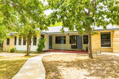 Kerrville Single Family Home For Sale: 522 East St