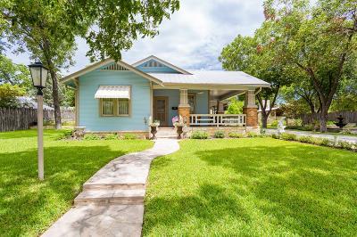 Fredericksburg Single Family Home For Sale: 112 E Travis St