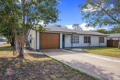 Fredericksburg Single Family Home For Sale: 501 S Pear