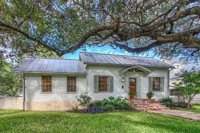 Fredericksburg Single Family Home For Sale: 108 W Creek St