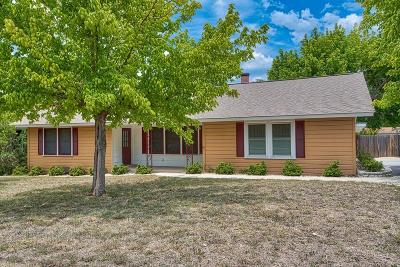 Kerr County Single Family Home For Sale: 504 Harper Rd