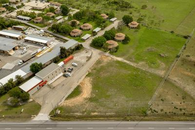 Fredericksburg Commercial Under Contract W/Contingencies: 1125 S State Hwy 16