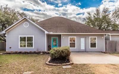 Blanco County Single Family Home Under Contract: 118 E Dawn Drive